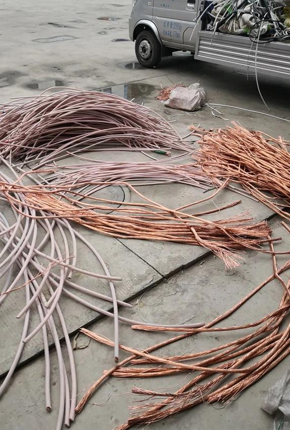 涿鹿公安雷霆出击12小时速破电缆被盗案