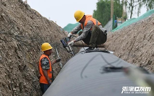 涿鹿县城地下管网改造施工全速推进